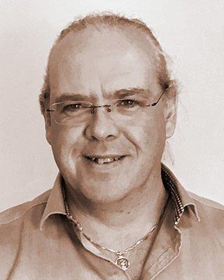 Keith W Hutchinson