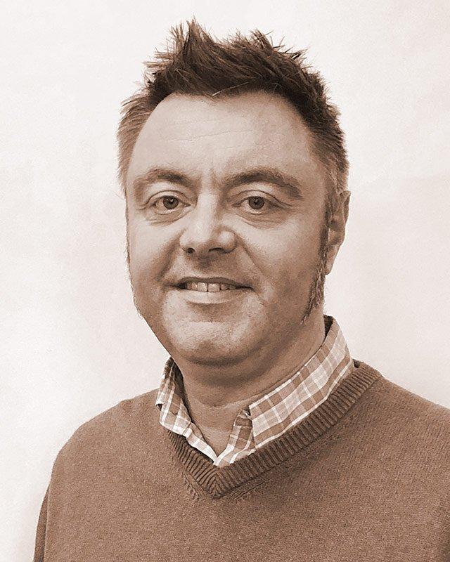 Stuart Downie, Consultant